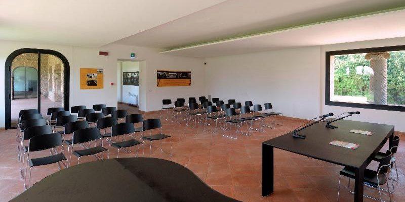 La sala conferenze a Capo di Bove.