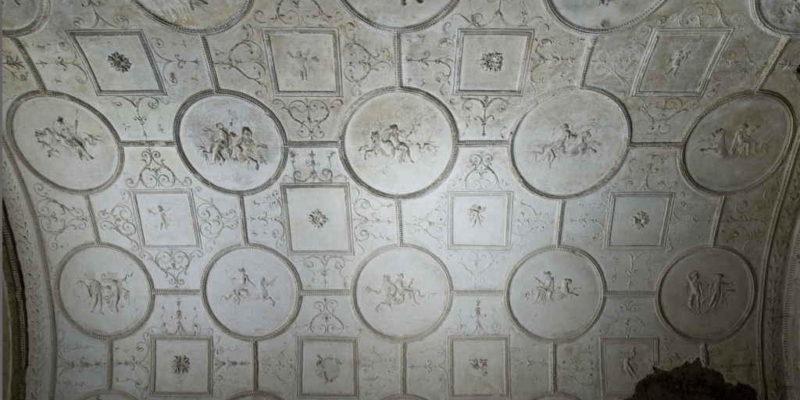 Tomba dei Valeri: dettaglio della decorazione in stucco.