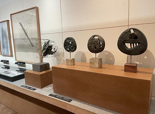 Aperture straordinarie serali alla mostra 'Un Atlante di arte nuova. Emilio Villa e l'Appia Antica'